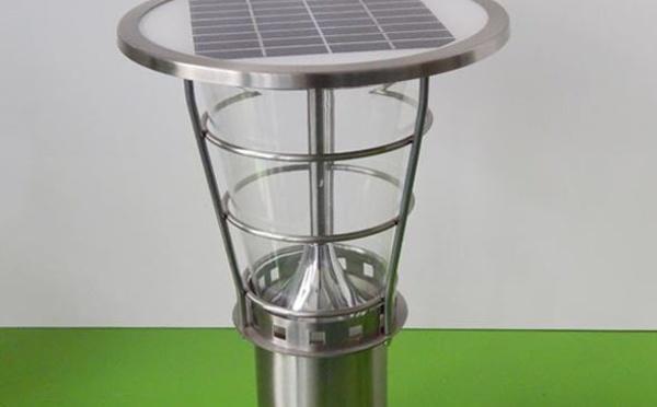 LU-2602 - Lampes solaires de 38 à 220 cm pour éclairage allées et jardins